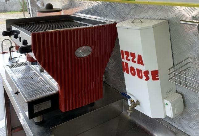Кофемашина+кофемолка+аксессуары для приготовления кофе