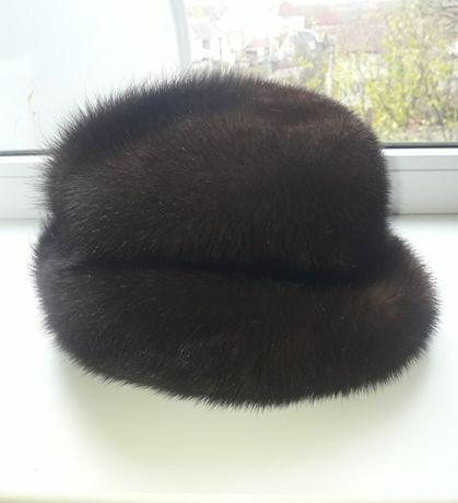 Жіноча норкова шапка
