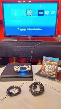 PS4 Slim 500Gb + GTA V - Como Nova!