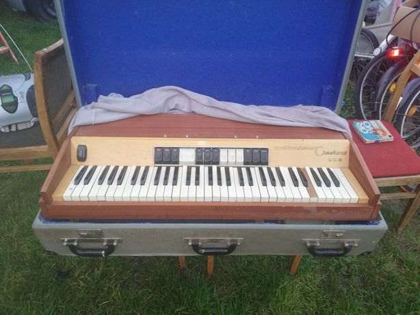 Pianina weltmeister claviset 200