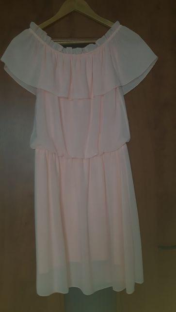 Zwiewna sukienka