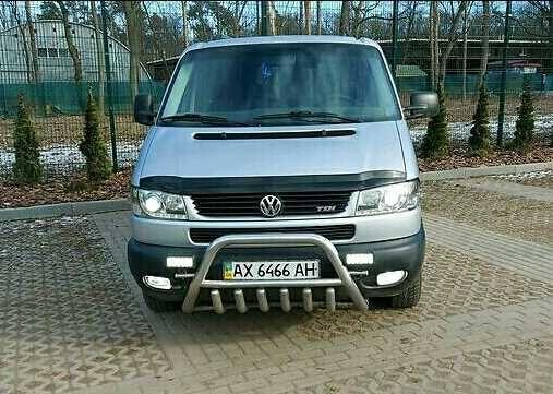 Срочно продам свой автомобиль Volkswagen Transporter Caravelle