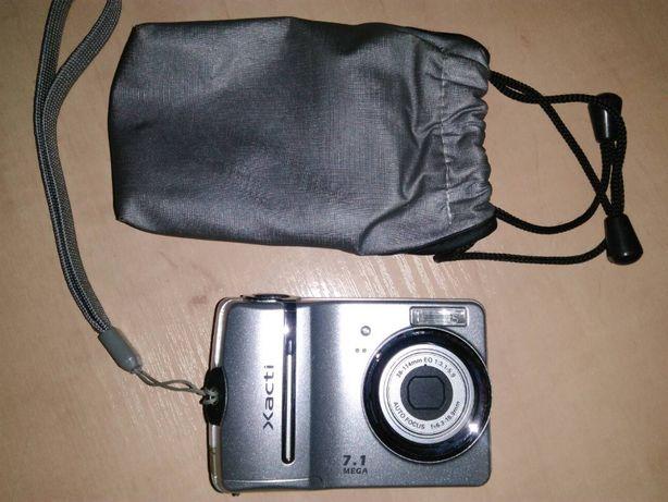 Цифровой фотоаппарат SANYO