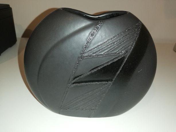 Wazon czarny ceramiczny matowy