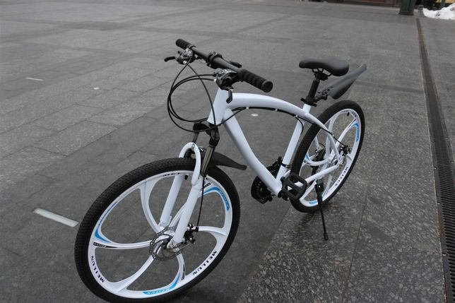 Cупeр кoмплeкт! Горный велосипед BMW BLACK WHITE нa литыx диckax W0081