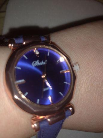 Часы новые женские