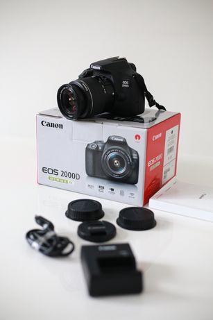 Canon 2000 D + об'єктив EF-S 18-55 III Kit