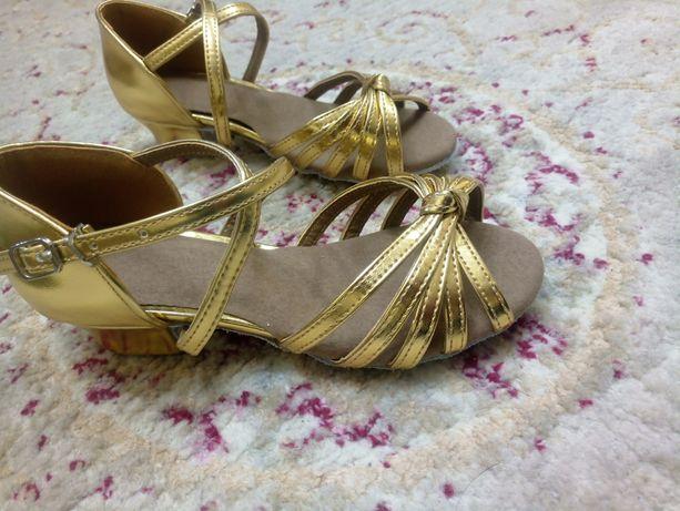 Туфли для бальных танцев, новые, 17,5см