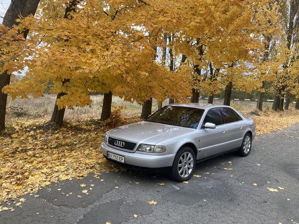 Audi A8 4.2 Quattro Газ/бензин