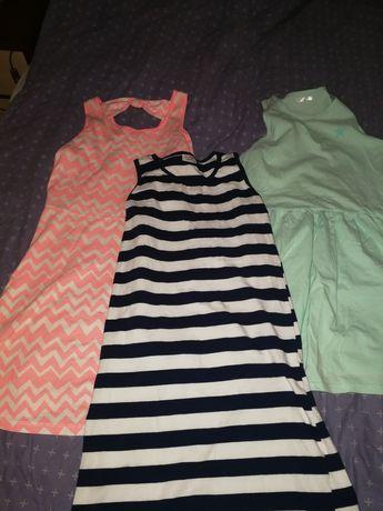 Sukienki trzy różne