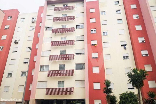 Apartamento T3 - Quinta dos Barros - 1 lugar estacionamento - 1 arreca