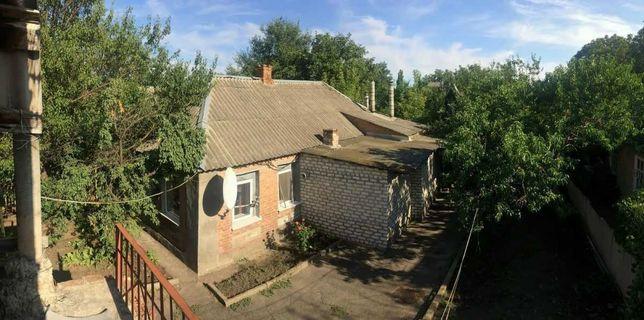 Дом с сауной и вторым домом. Доп. прибыль $1 500 в месяц.