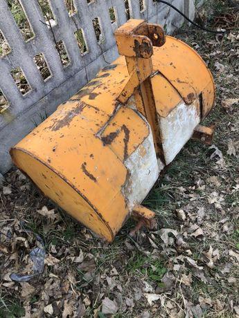 Obciążnik , balast o wadze około 400 kg