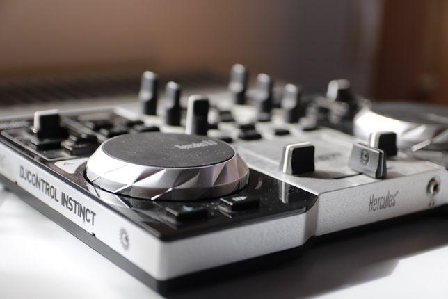 Konsola HERCULES DJControl Instinct S Series