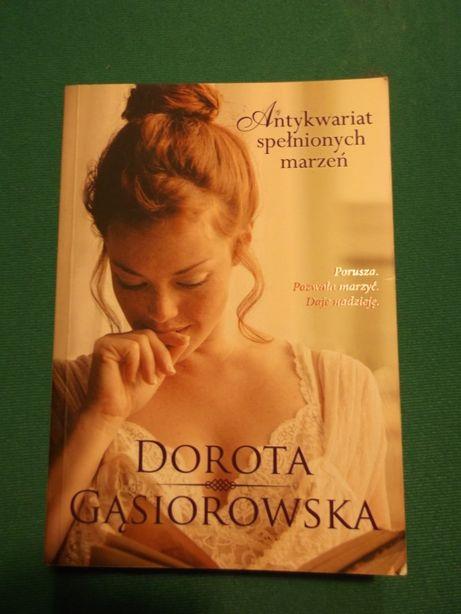 Antykwariat spełnionych marzeń, Dorota Gąsiorowska