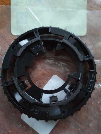 Кольцо крепления ксеноновой фары d2s, d1s оригинал GM.