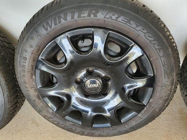 4 pneus Dunlop de inverno 175/65/R15