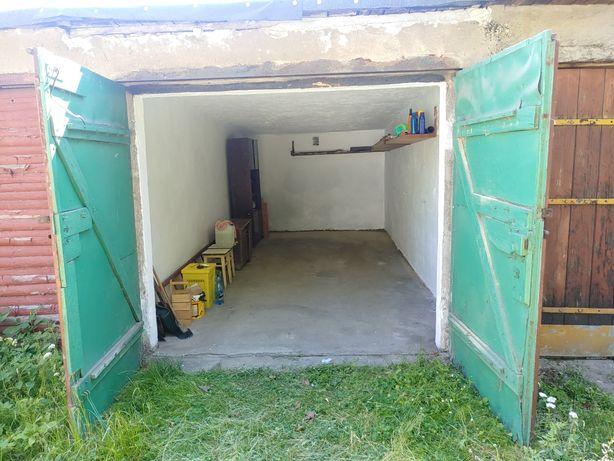 Garaz na ul. Kasprowicza