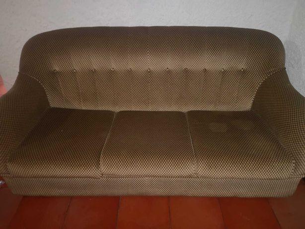 Sofá-Cama de três lugares vintage Déc. 80 em ótimo estado - 180cm comp