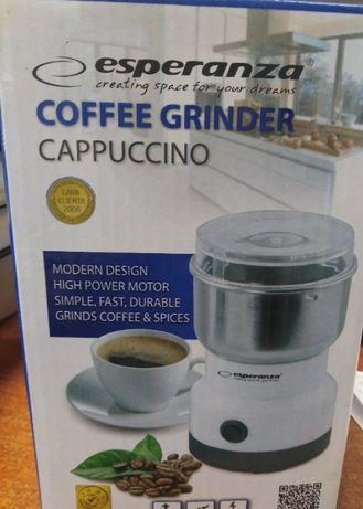Młynek do kawy Esperanza EKC007W