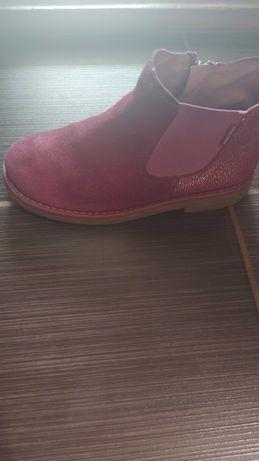 Продам дитячі черевики