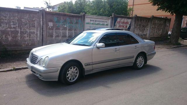 Mercedes Benz E200 срочно