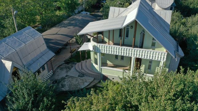 Загородный дом для семьи с удобствами
