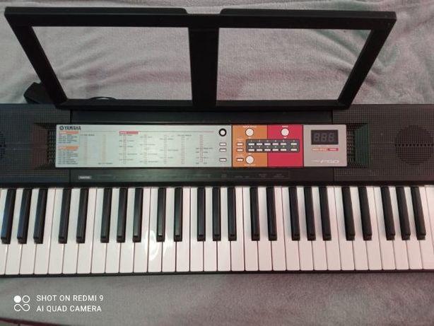 Keyboard YAMAHA (5 oktaw)
