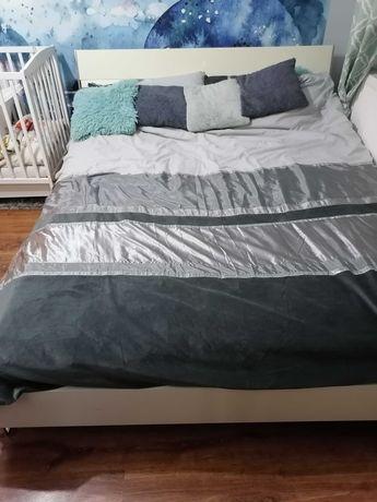 Zestaw mebli sypialnianych - rama łóżka, komoda, 2x szafka nocna