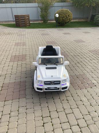 Машина електрическая детская.  Электромобиль