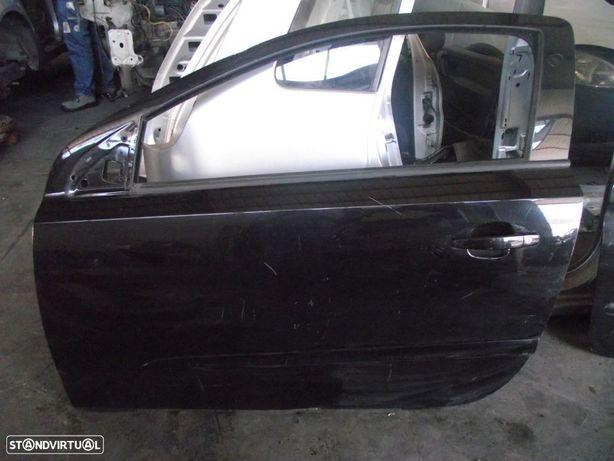 PEÇAS AUTO - VÁRIOS - Opel Astra GTC - Porta Esquerda - PTL152