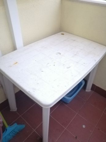 Mesa jardim cor branca