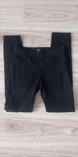 Spodnie materiałowe czarne rurki proste średni stan XS S
