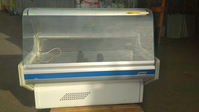 Витрина Мави прилавок бу. Холодильное оборудование.