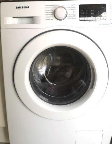Maquina de Lavar Roupa marca Samsung e Esquentador a Gás