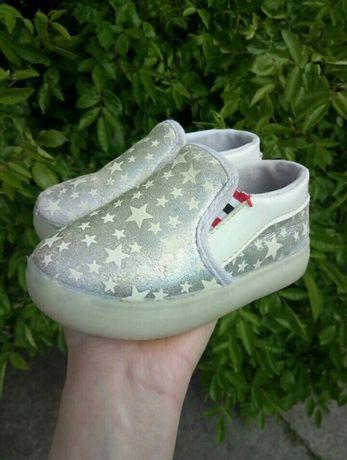 Ботинки,кроссовки,туфли