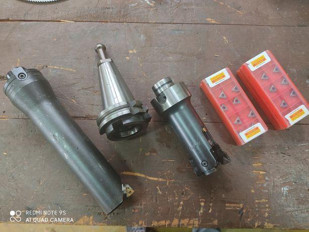 Cabeça mandrilar SANDVIK, Fresadora / Torno mecânico / CNC