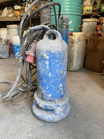 Bomba de Agua a funcionar