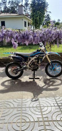 Yamaha yz 250 f *