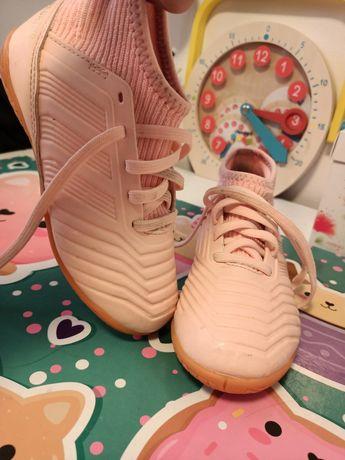 Buty do gry w piłkę adidas