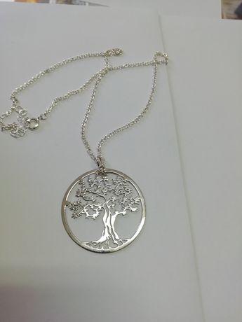 Fio com árvore da vida em prata