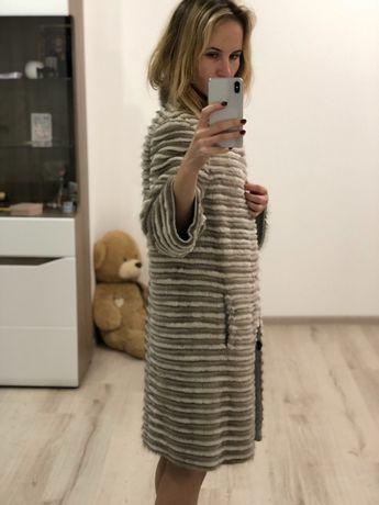 Продам вязаную шубку