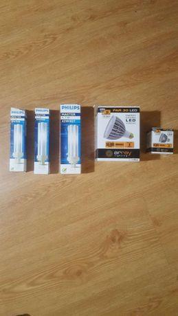 Lote de 115 lâmpadas de vários géneros Philips e Array LED