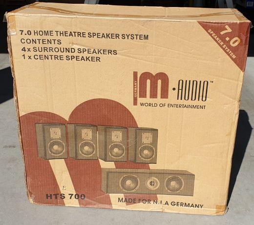 Głośniki M-Audio HTS700 1 centralny+4 sorround, cena 450 PLN.
