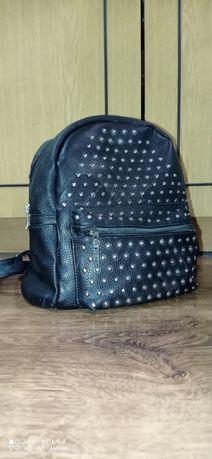 Рюкзак жіночій чорний