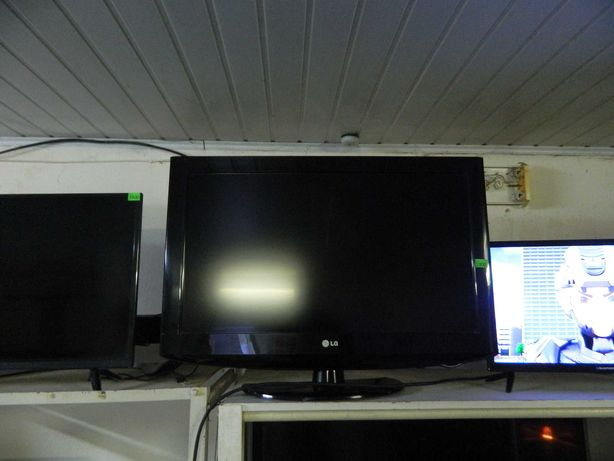 Телевизор LG, 82см,пульт