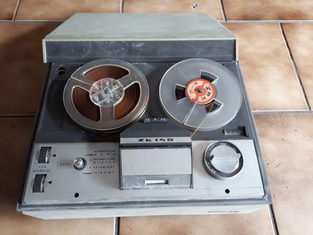 Magnetofon szpulowy UNITRA 145