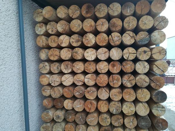 Kołki drewniane, bale, słupki