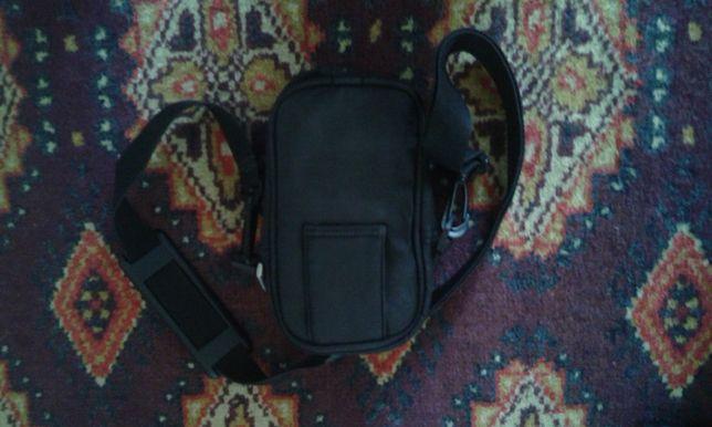 Обменяю или ПРОДАМ КЛАССНУЮ сумку для фотоаппарата STYLE