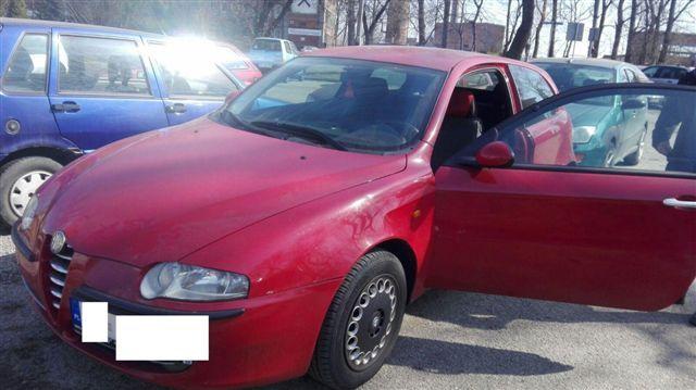 Alfa Romeo 147 czerwony metalik czerwona skóra 130B/B ROSSO ALFA